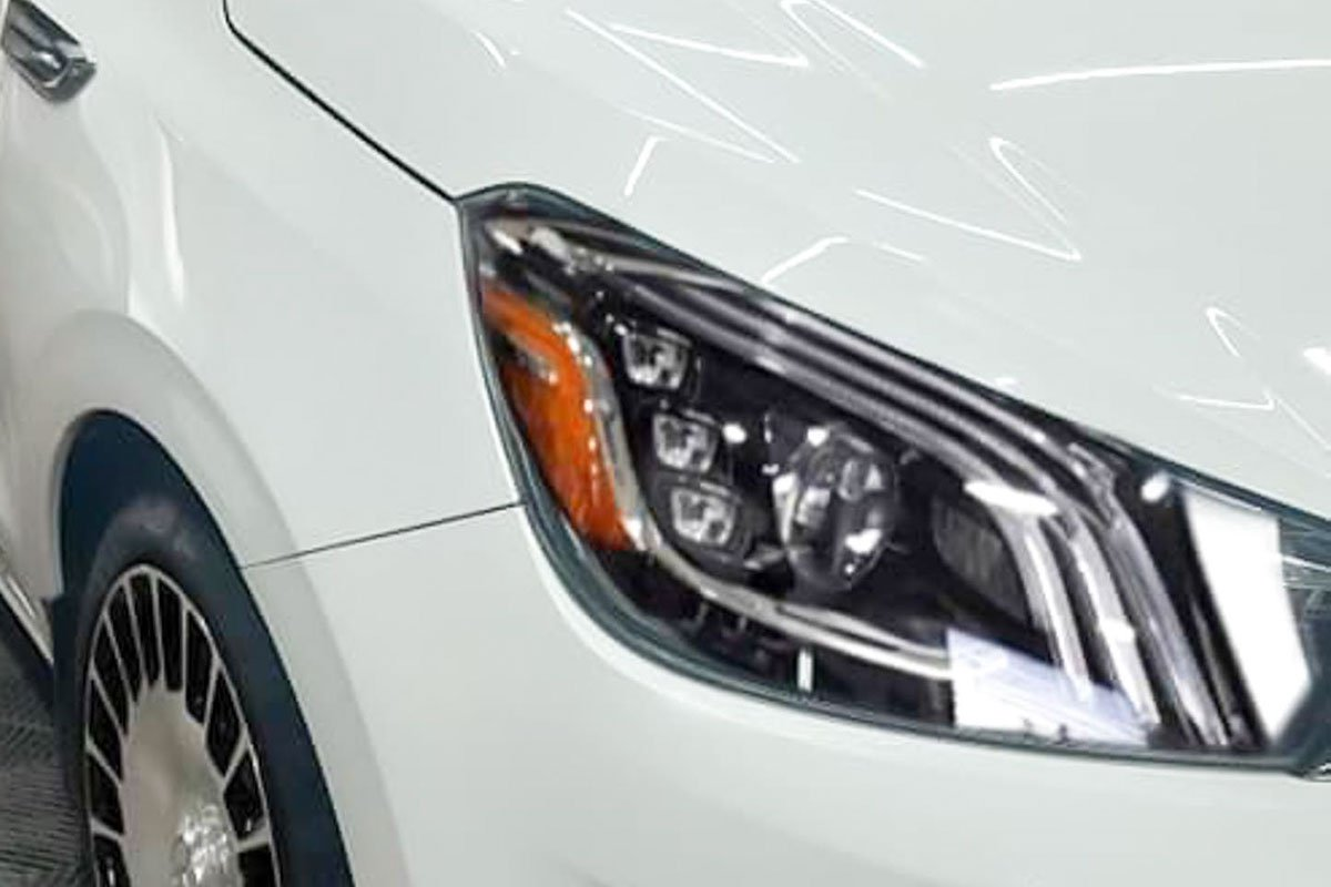 Kia Soluto độ phong cách Mercedes-Maybach khiến tất cả trầm trồ a2