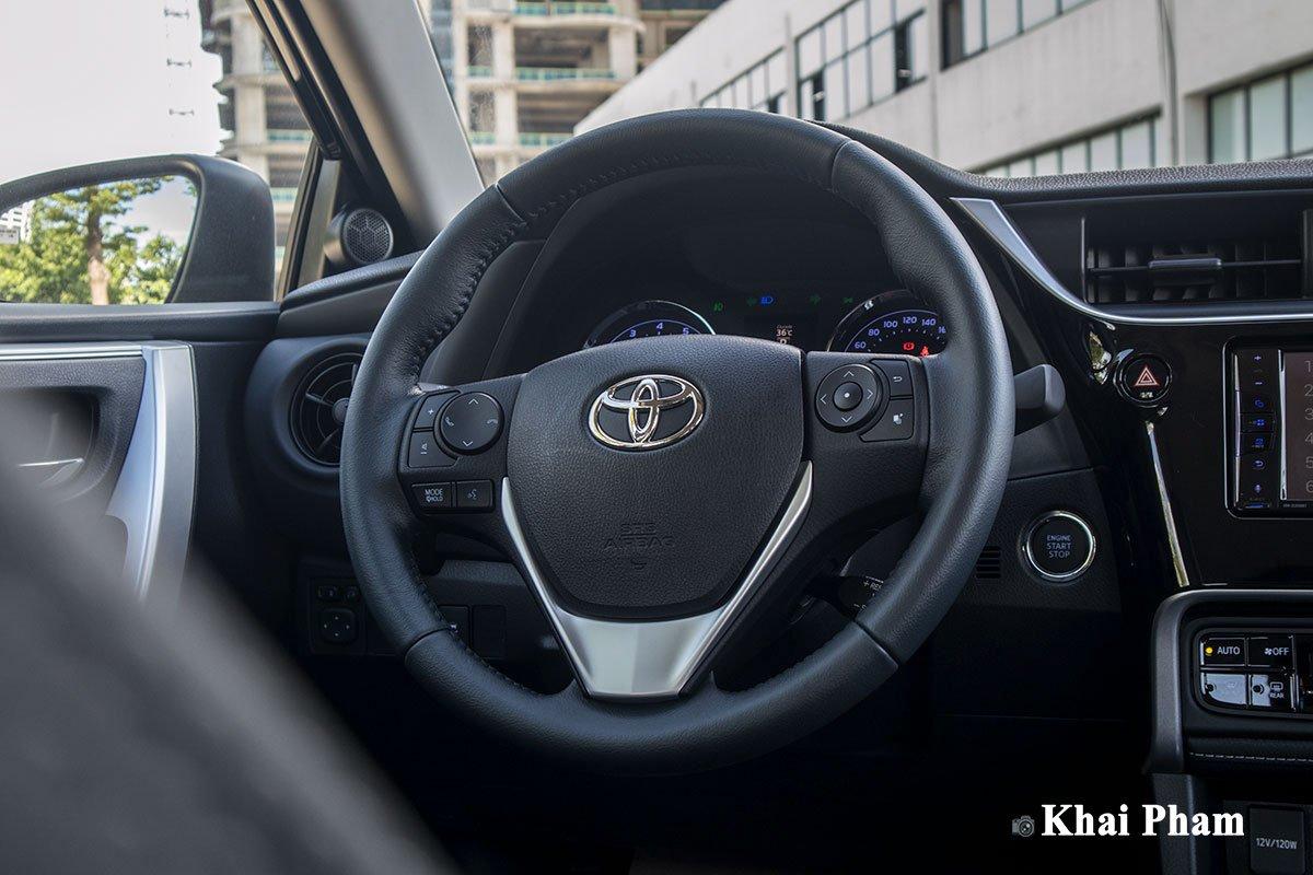 Ảnh vô-lăng xe Toyota Corolla Altis 2020