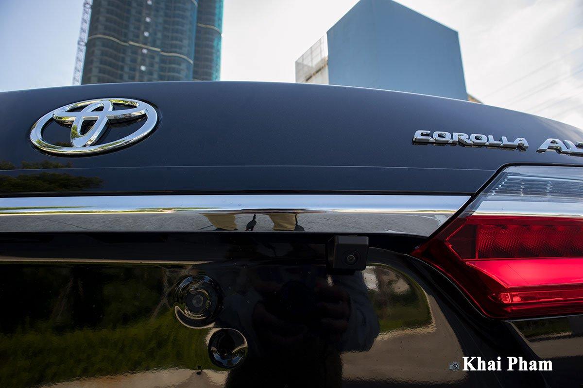 Ảnh camera lùi xe Toyota Corolla Altis 2020