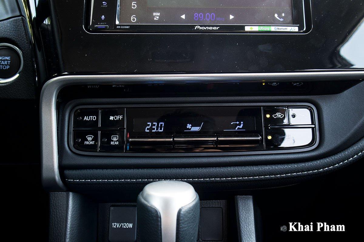 Ảnh điều hoà xe Toyota Corolla Altis 2020