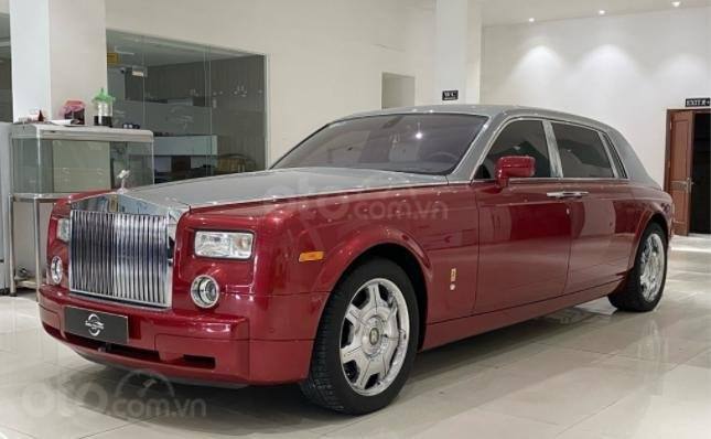 Cần bán Rolls-Royce Phantom năm sản xuất 2007, màu đỏ, biển số SG (2)