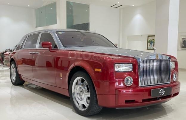 Cần bán Rolls-Royce Phantom năm sản xuất 2007, màu đỏ, biển số SG (3)