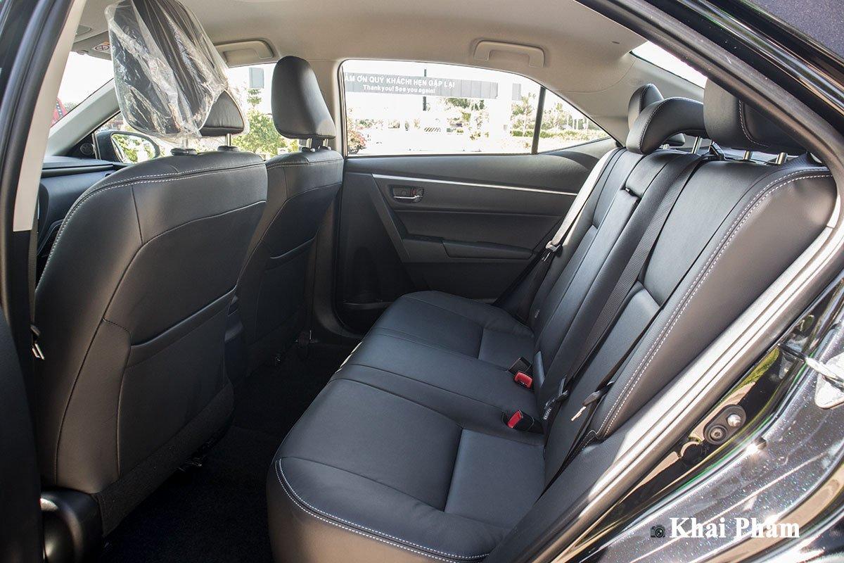 Ảnh Ghế sau xe Toyota Corolla Altis 2020
