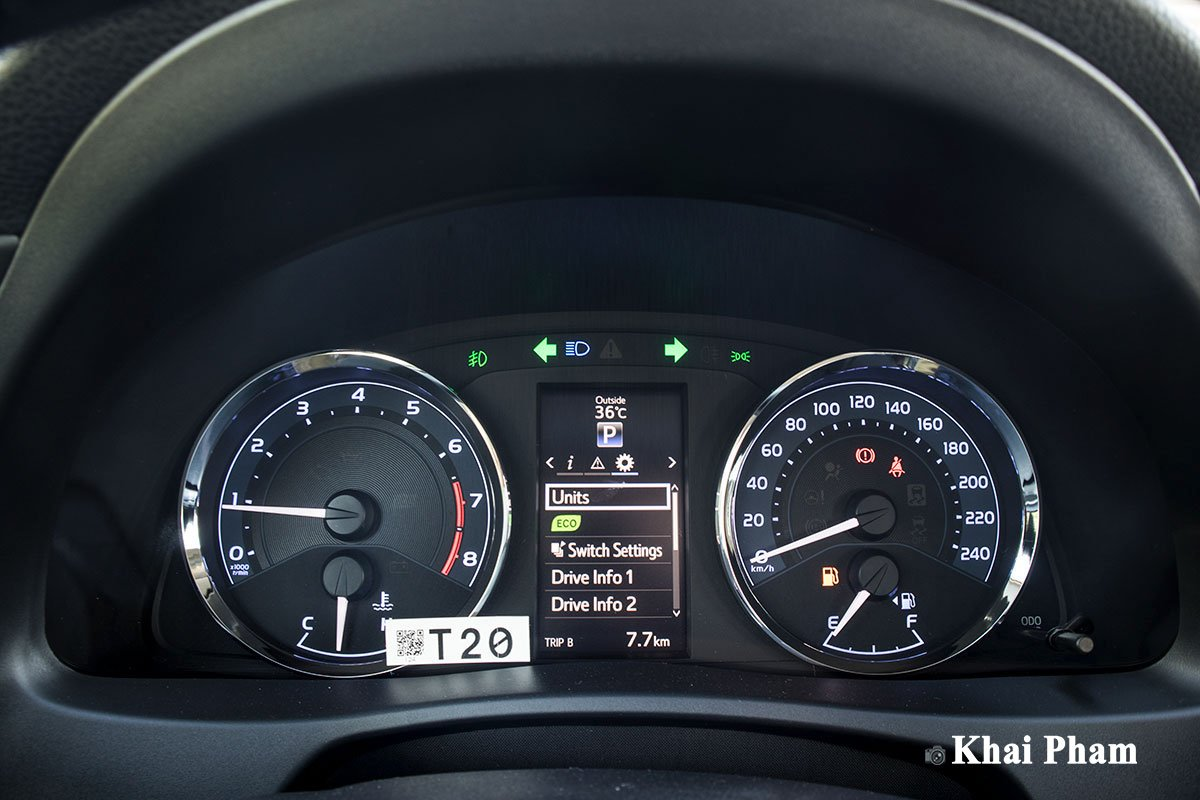 Ảnh Đồng hồ xe Toyota Corolla Altis 2020