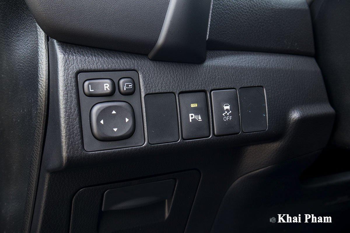 Ảnh Chỉnh gương xe Toyota Corolla Altis 2020