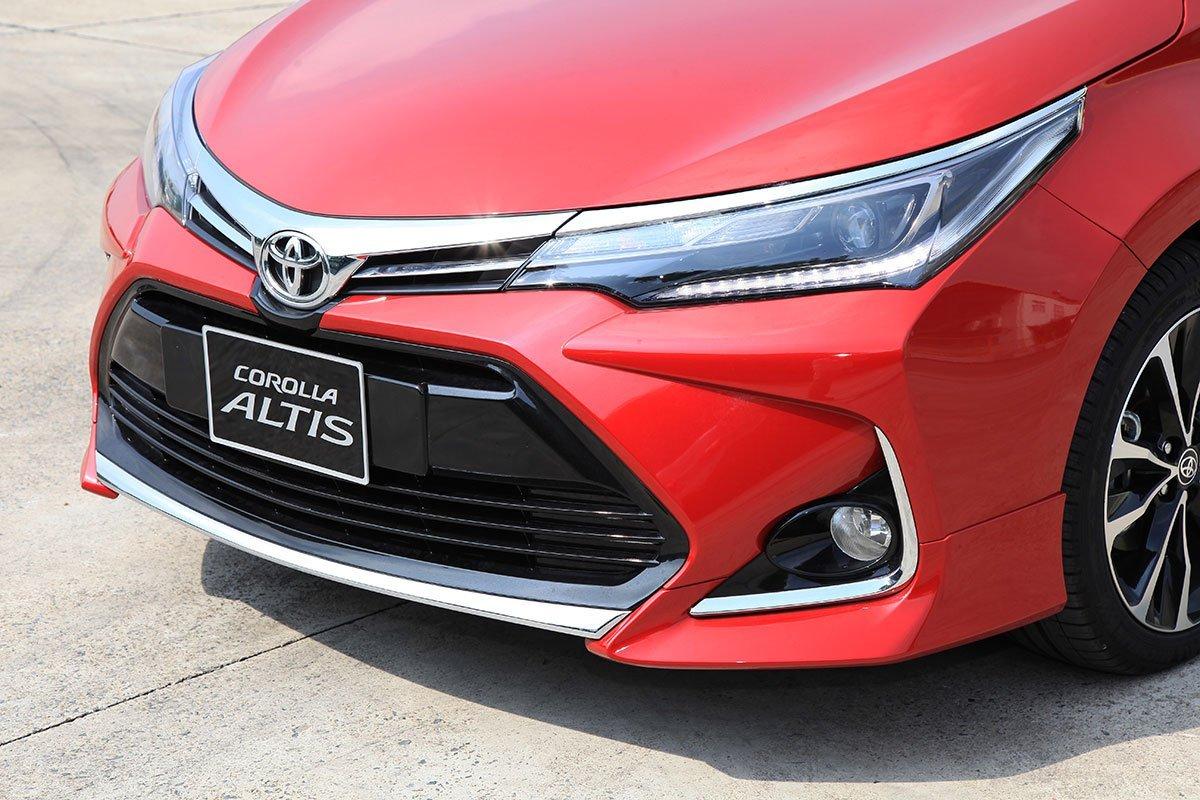 Thông số kỹ thuật xe Toyota Corolla Altis 2020: Ngoại thất 1