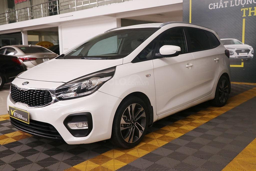 Cần bán xe Kia Rondo 2.0MT 2018 (2)