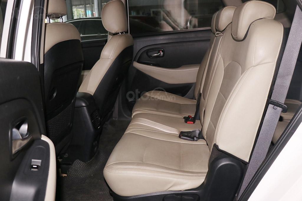 Cần bán xe Kia Rondo 2.0MT 2018 (7)