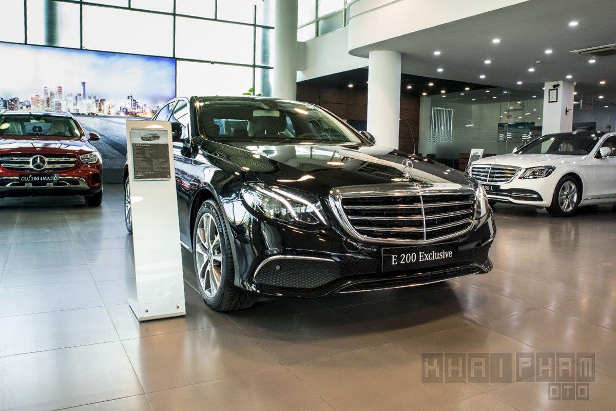 Giá xe Mercedes-Benz E200 Exclusive 2020 a2