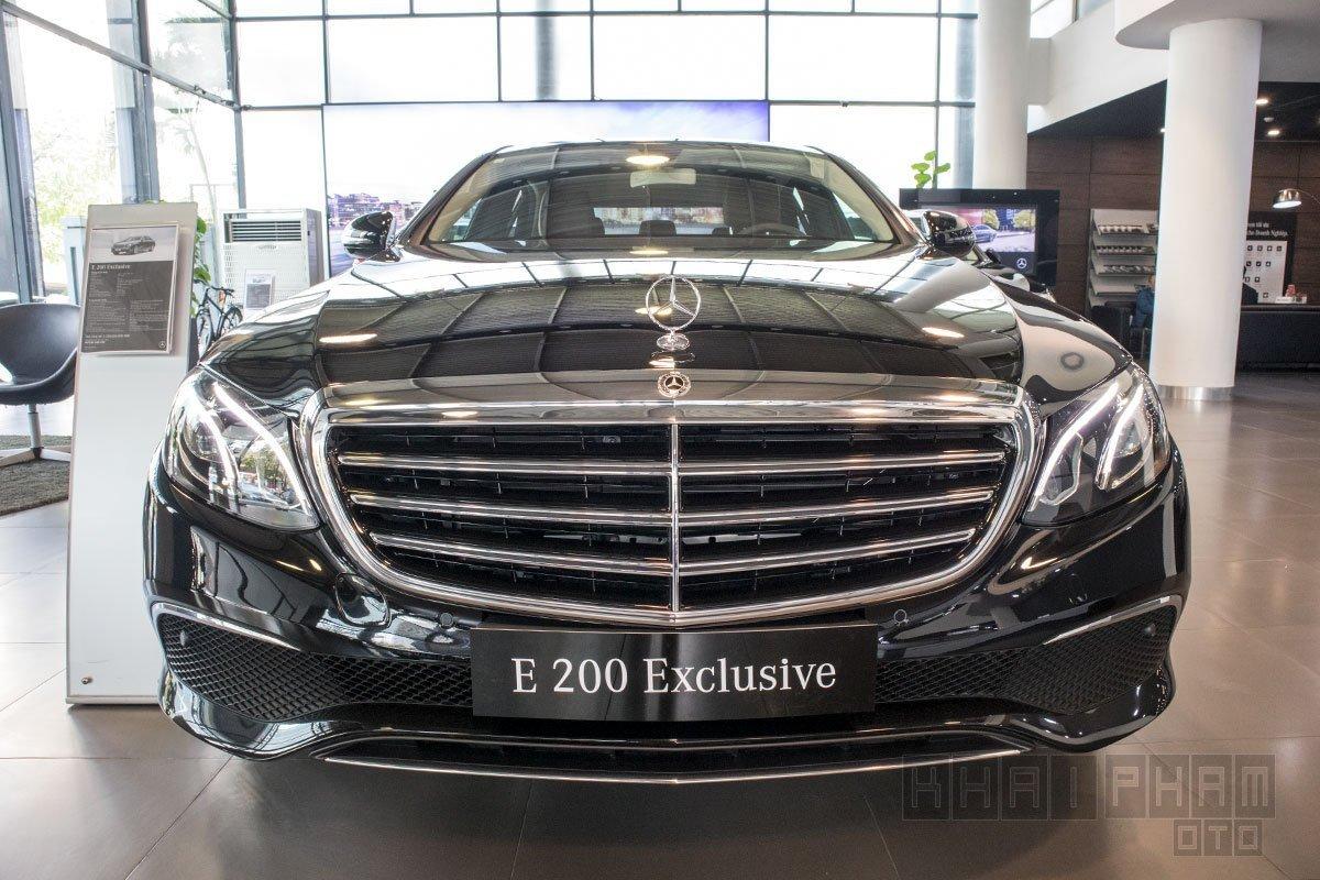 Giá xe Mercedes-Benz E200 Exclusive 2020 a3