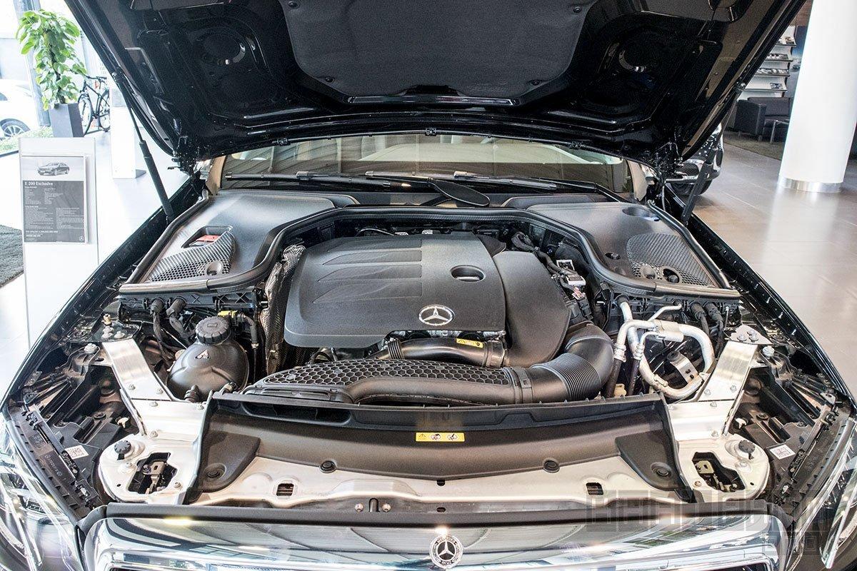 Động cơ Mercedes E200 Exclusive