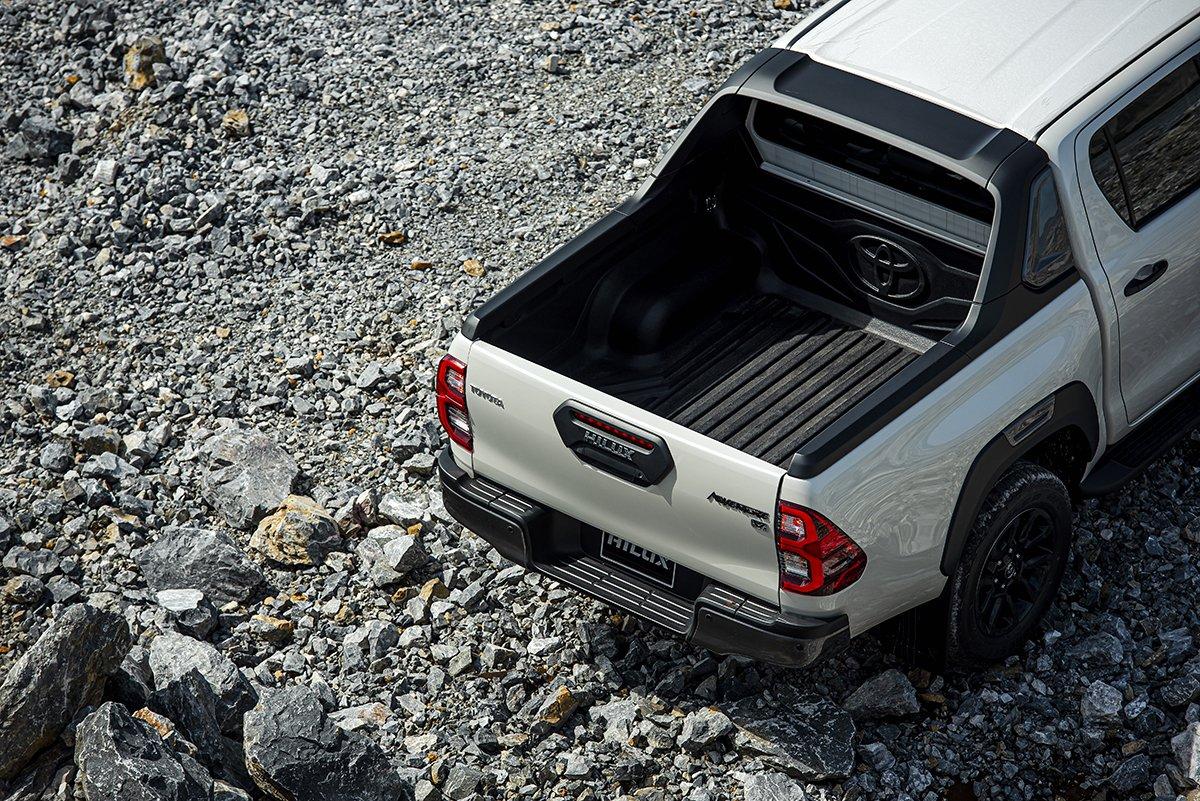 Ngoại thất Toyota Hilux 2021 mới nhất 1.