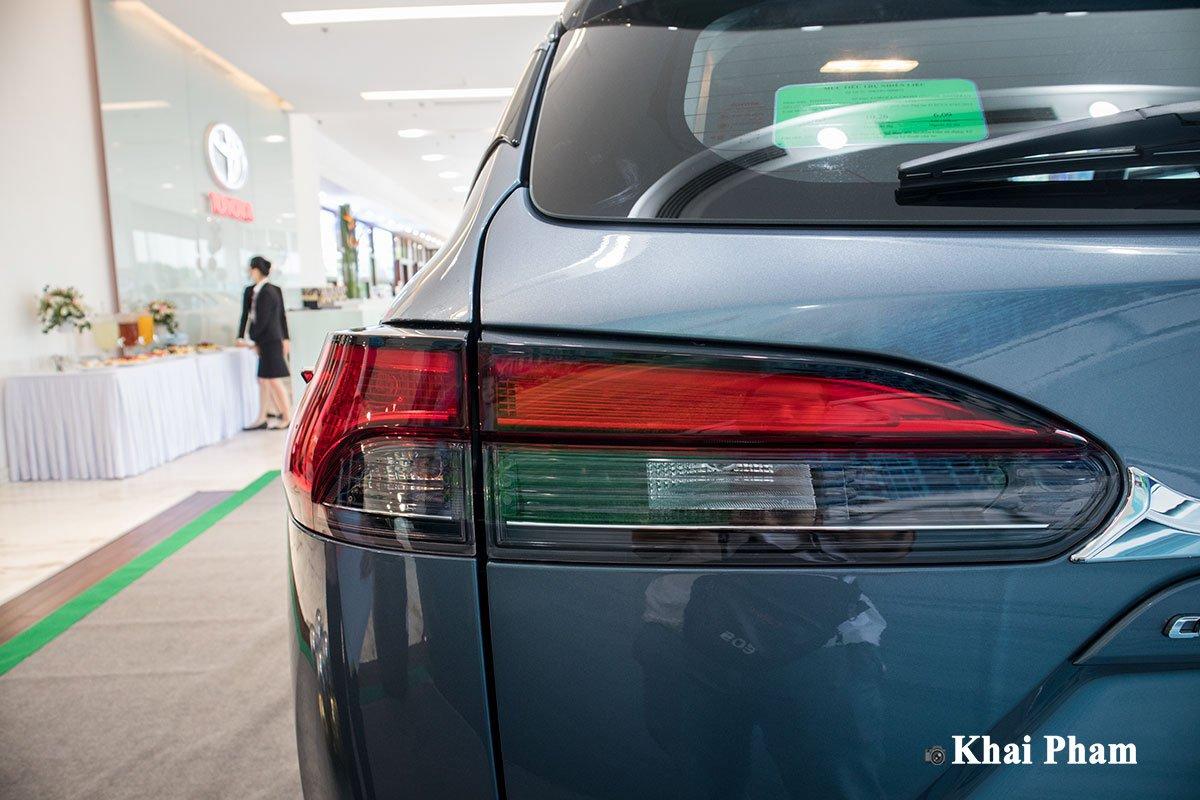 Chi tiết xe Toyota Corolla Cross 2020 vừa cập bến đại lý giá 820 triệu đồng a13