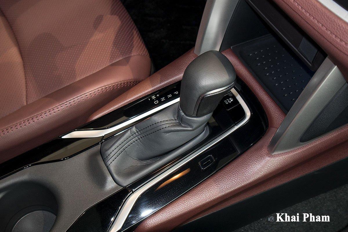 Chi tiết xe Toyota Corolla Cross 2020 vừa cập bến đại lý giá 820 triệu đồng a25