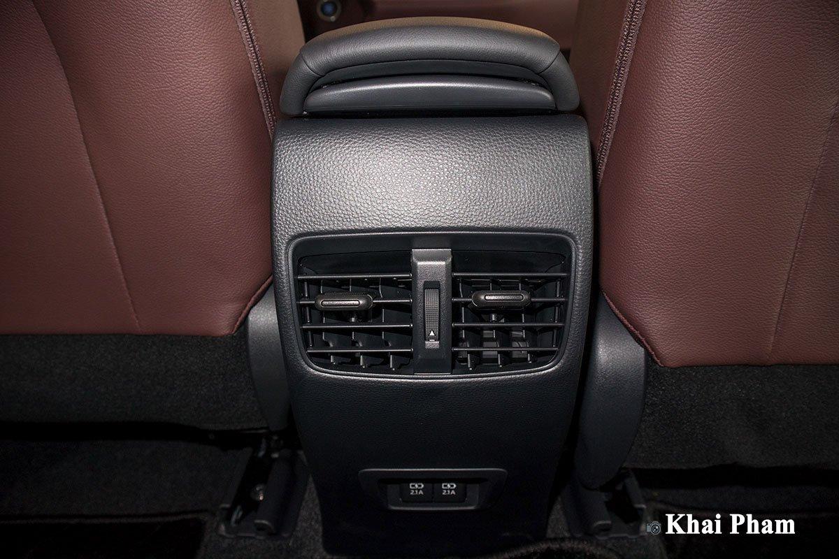 Chi tiết xe Toyota Corolla Cross 2020 vừa cập bến đại lý giá 820 triệu đồng a26