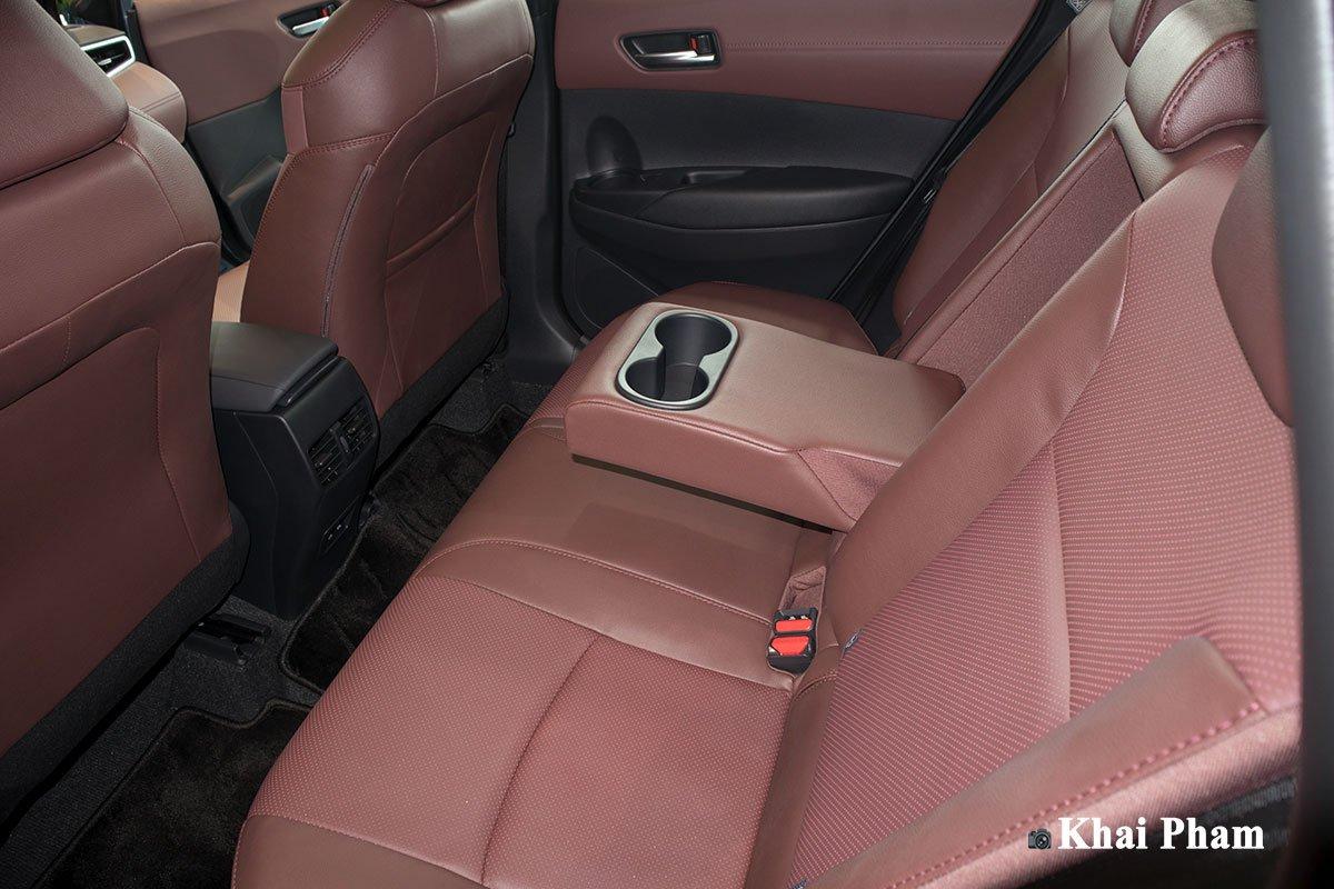 Chi tiết xe Toyota Corolla Cross 2020 vừa cập bến đại lý giá 820 triệu đồng a24