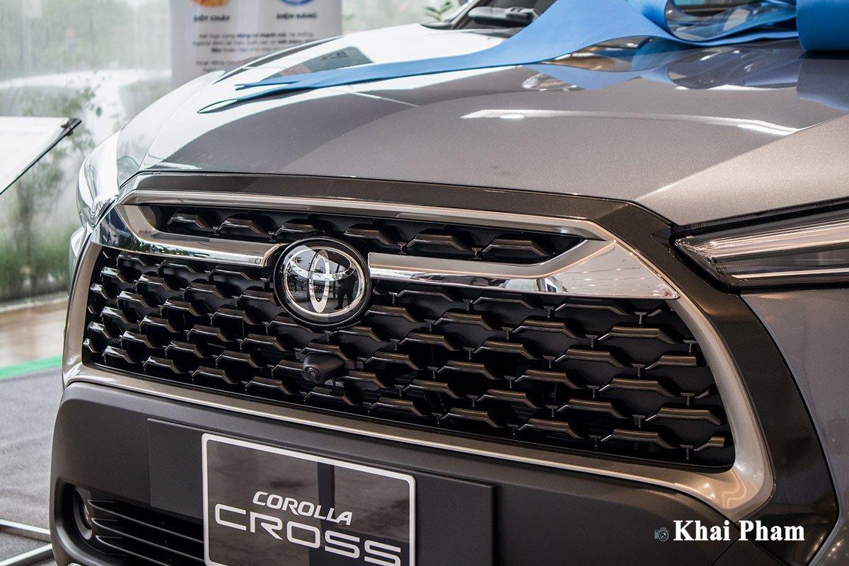 Chi tiết xe Toyota Corolla Cross 2020 vừa cập bến đại lý giá 820 triệu đồng a6