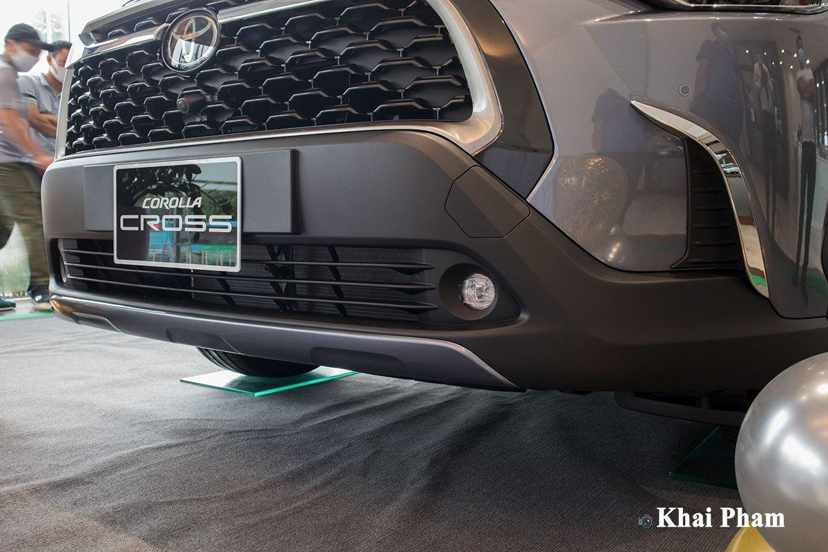 Chi tiết xe Toyota Corolla Cross 2020 vừa cập bến đại lý giá 820 triệu đồng a7