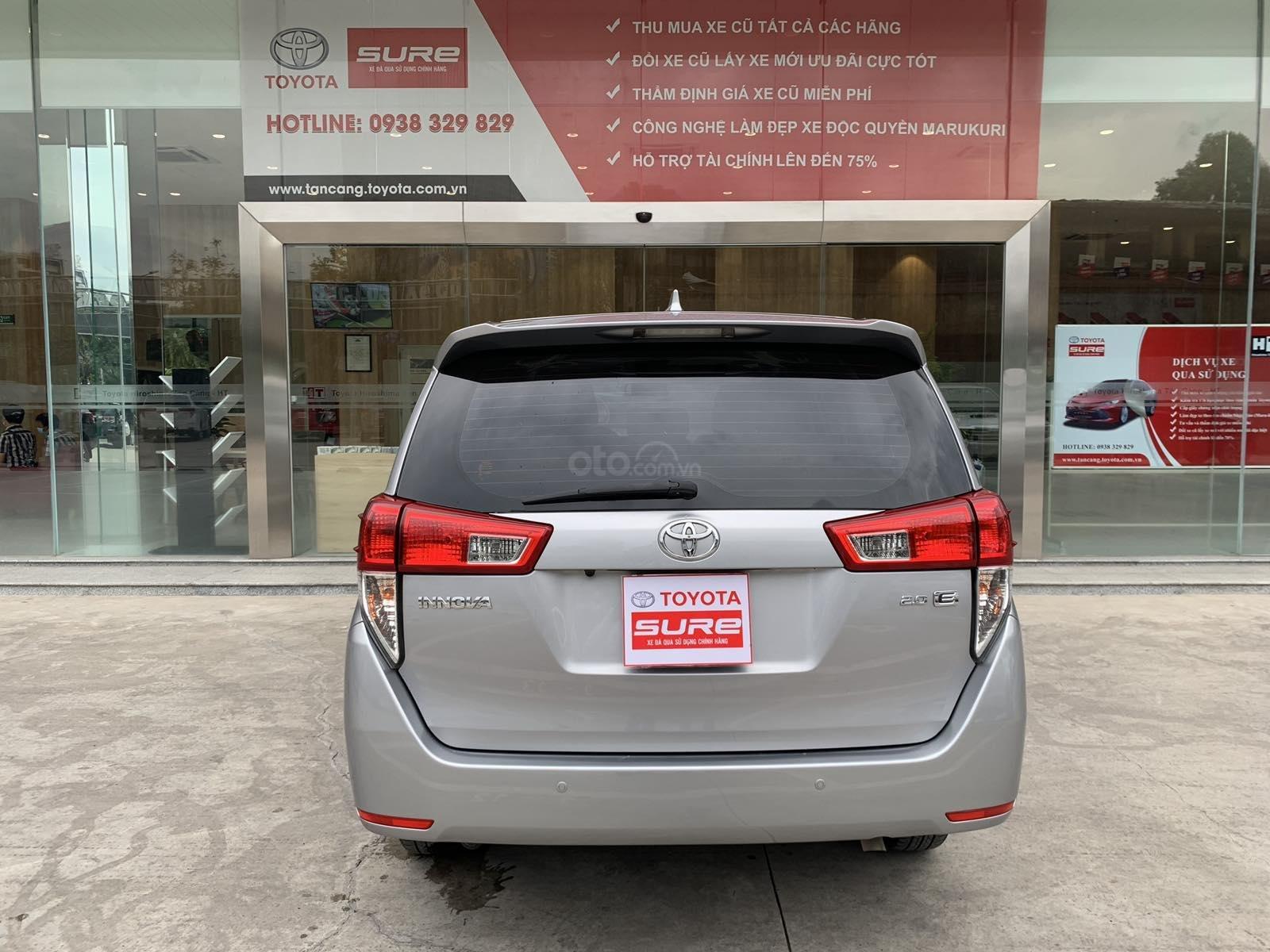 Giá xe Toyota Innova 2.0E sx 2016 màu bạc, xe công ty XHĐ đủ 91.000km - xe chất giá tốt (5)
