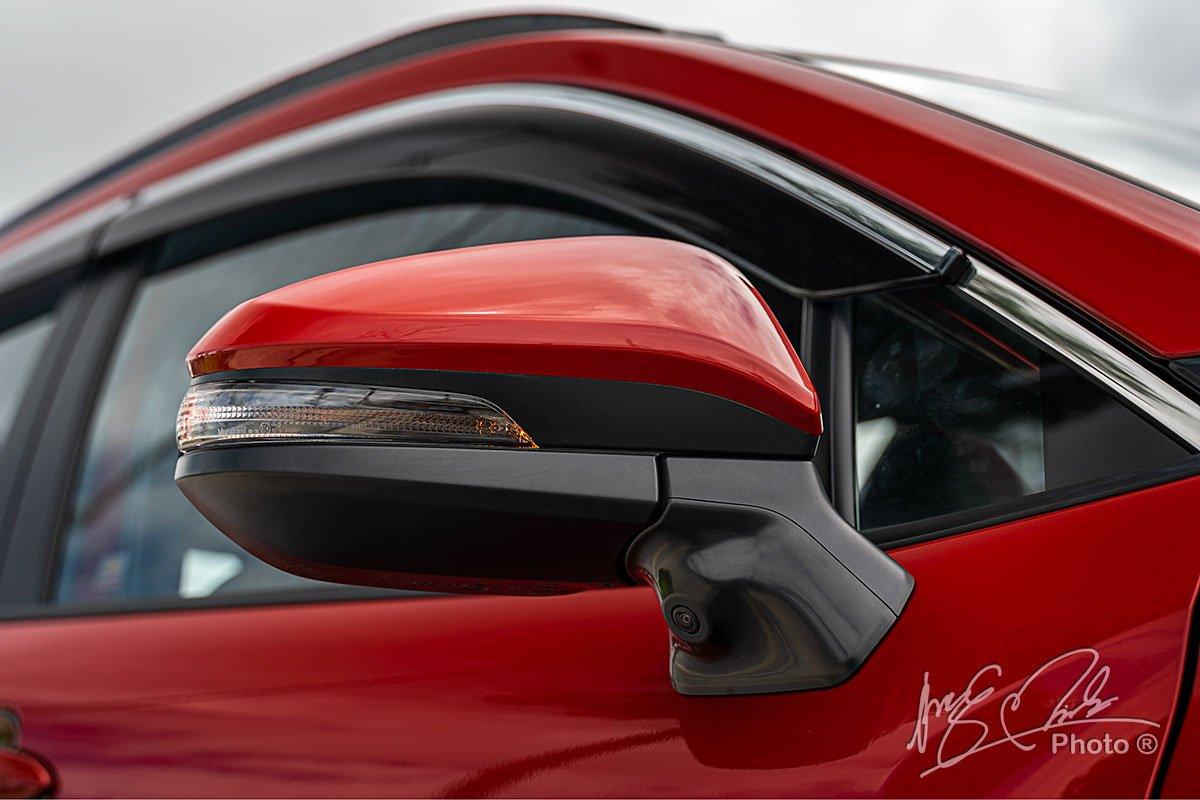 Đánh giá xe Toyota Corolla Cross 1.8V 2020: Camera 360 độ 2.