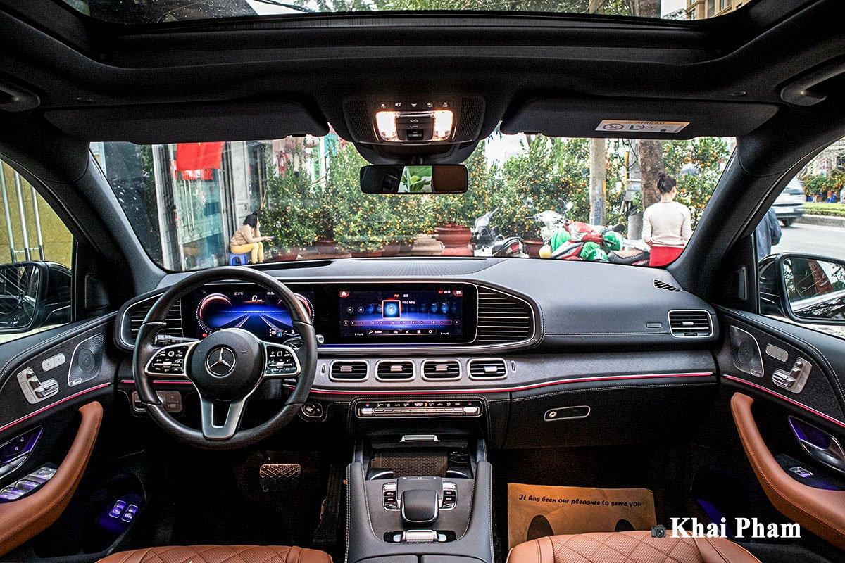 Ảnh Khoang lái xe Mercedes-Benz GLE 2020
