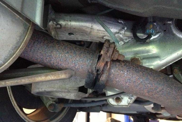 Hệ thống ống xả dễ bị đứt, gãy sau va chạm mạnh