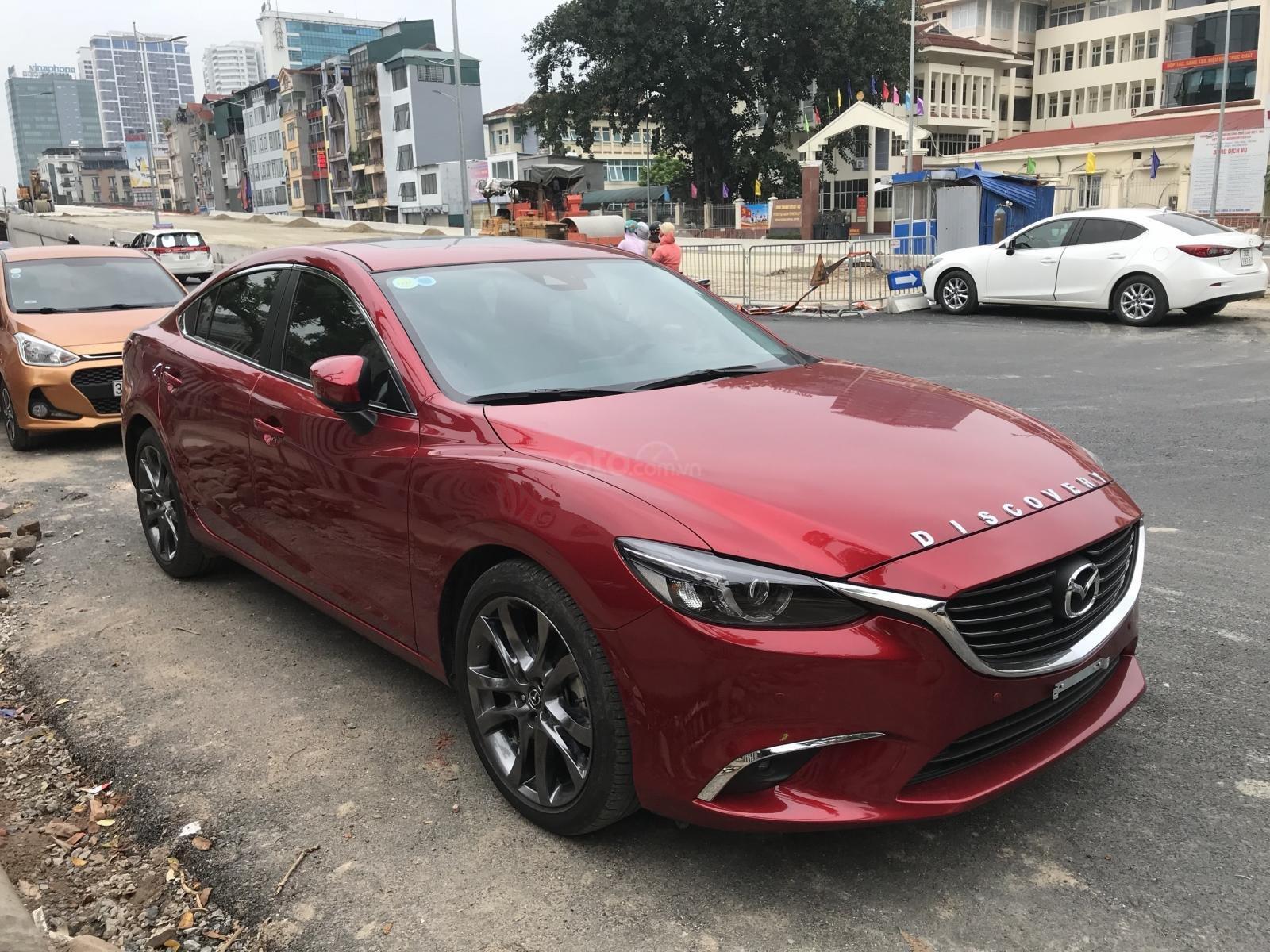 Mazda 6 2.5 Premium 2019 màu đỏ nồng cháy (3)