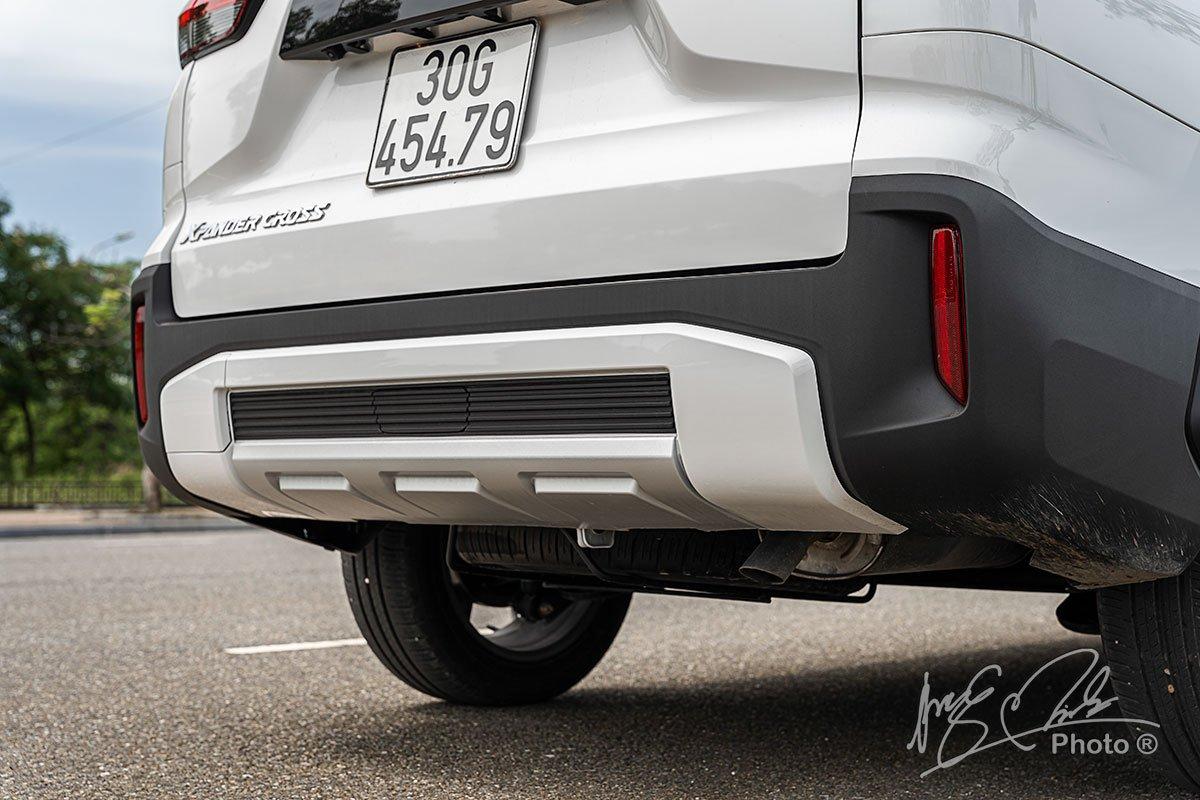 Cản sau của Mitsubishi Xpander Cross 2020 được thiết kế mới.