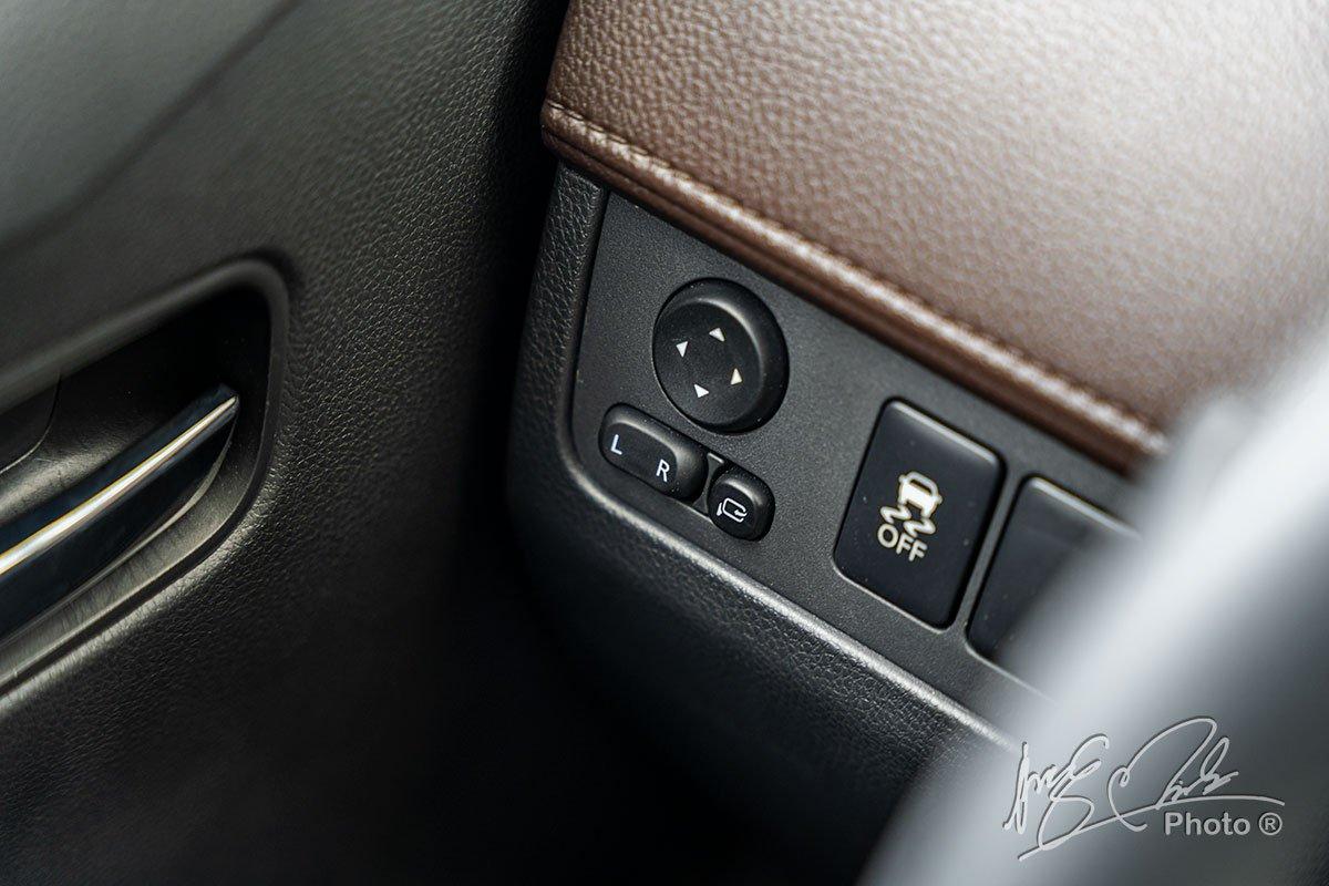 Gương gập điện, chỉnh điện trên Mitsubishi Xpander Cross 2020.