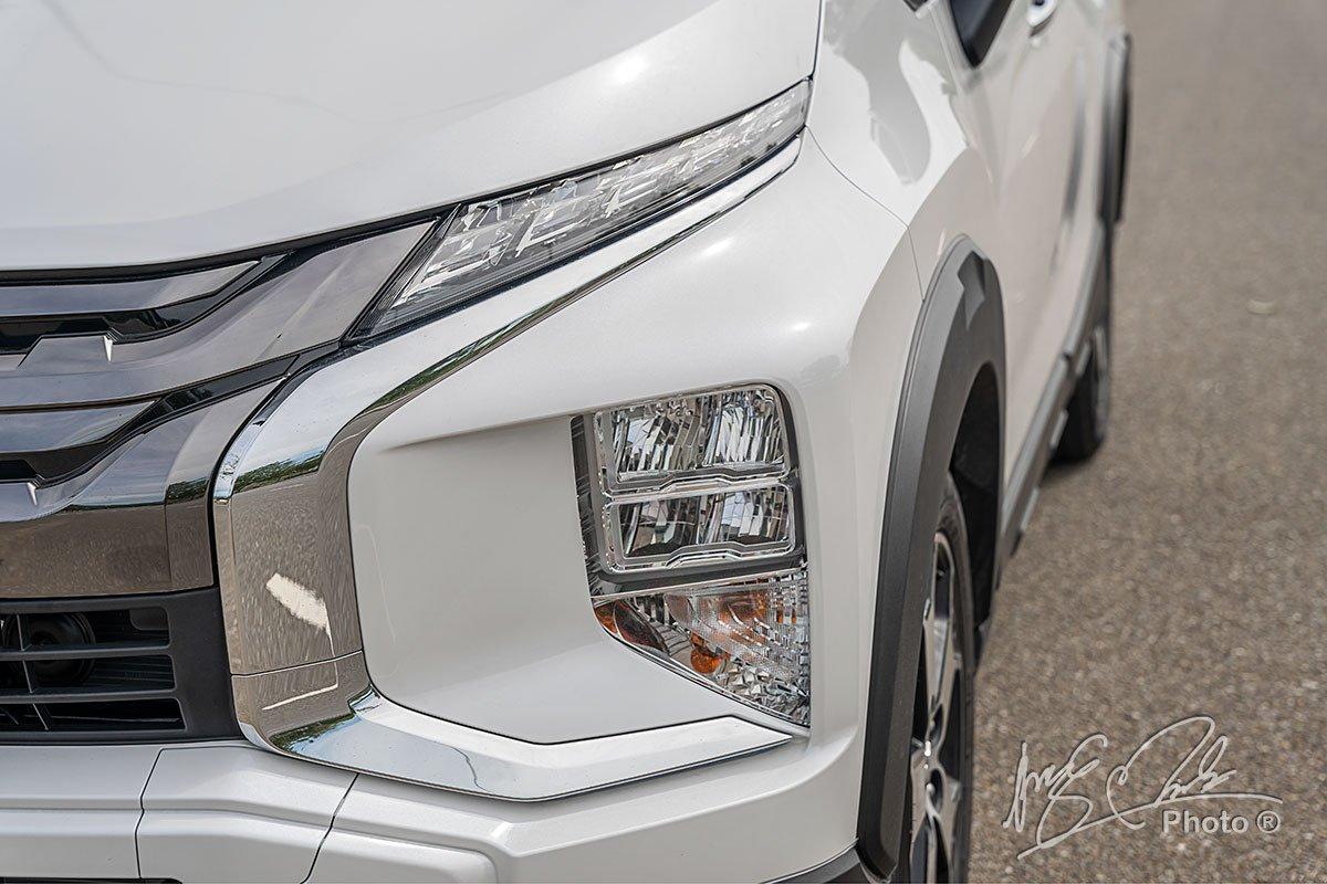 Đèn pha LED dạng tầng của Mitsubishi Xpander Cross 2020.