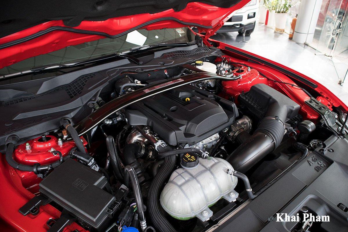 Ảnh động cơ xe Ford Mustang High Performance 2020 a1
