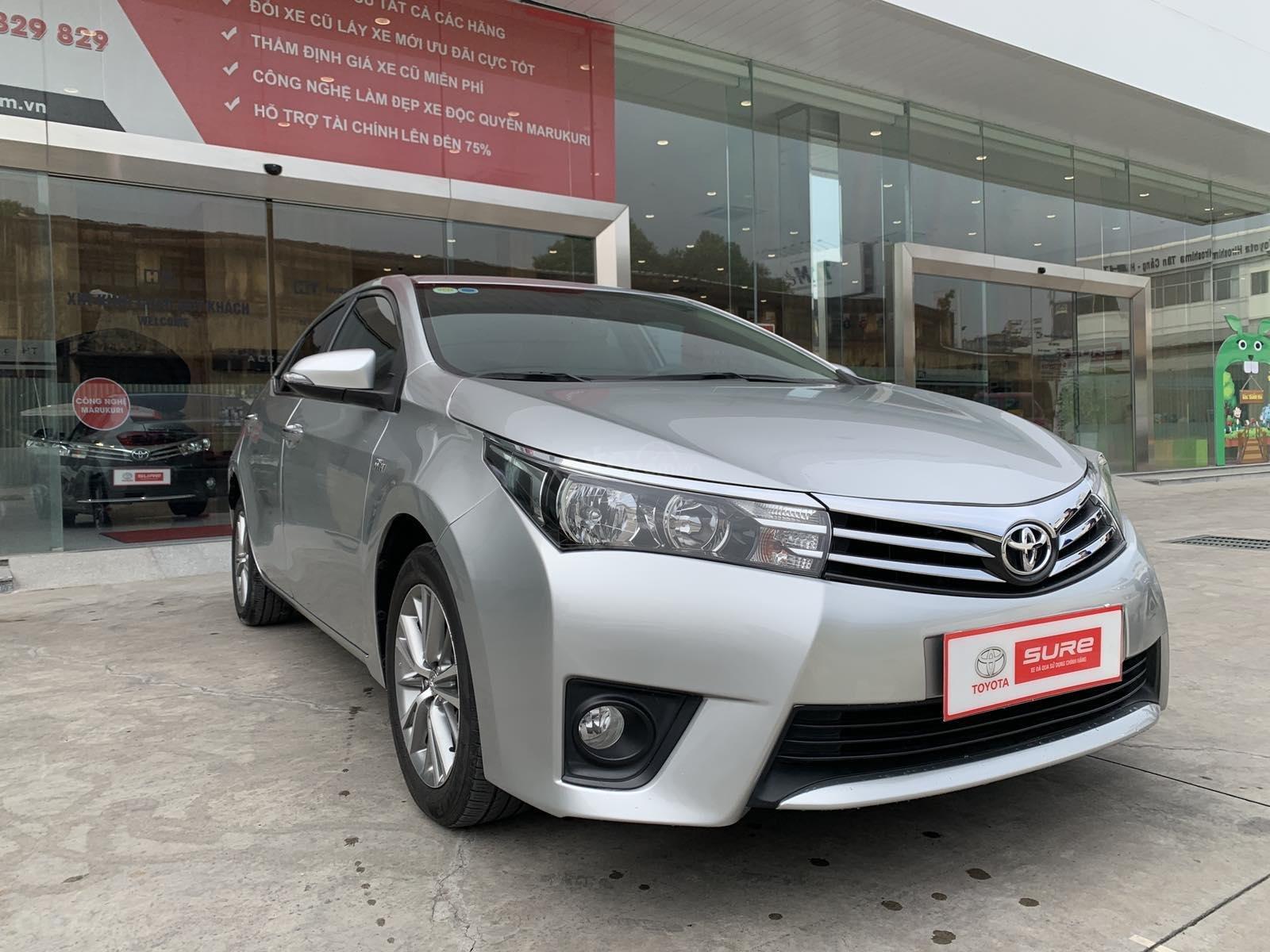 Cần bán xe Toyota Corolla Altis 1.8G CVT 2015 màu bạc đi 69.000km, BS. TpHCM - Xe chất giá tốt chính hãng (2)