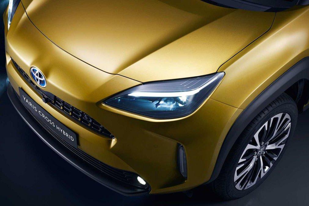 Đánh giá xe Toyota Yaris Cross 2021 về thiết kế đầu xe - Ảnh 2.