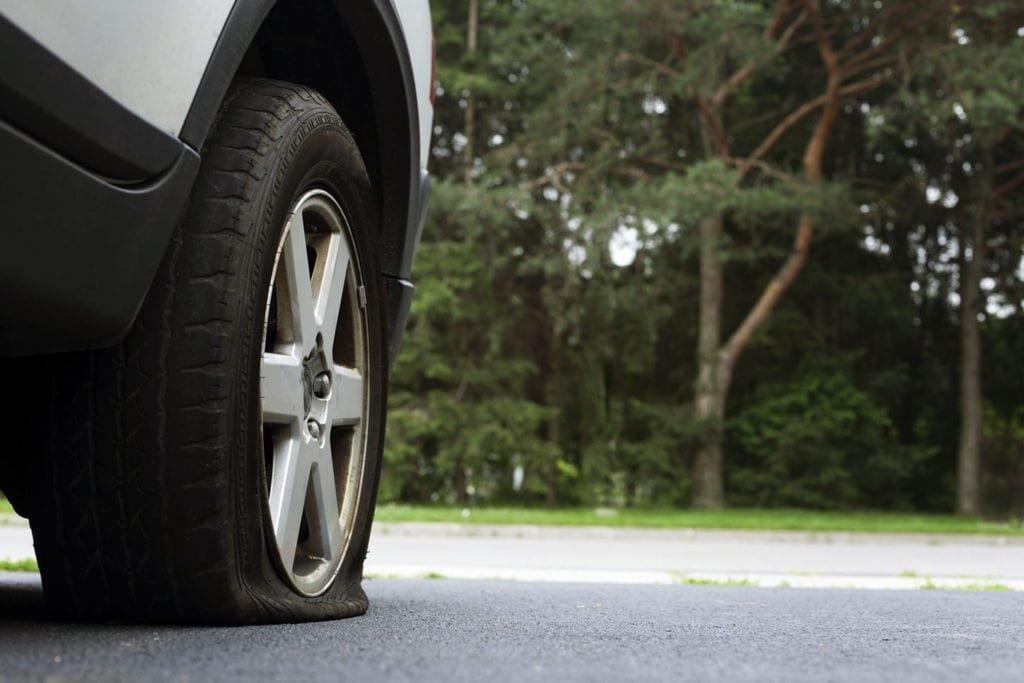 8 chi tiết trên ô tô tự động bị hỏng nếu để xe lâu ngày không sử dụng