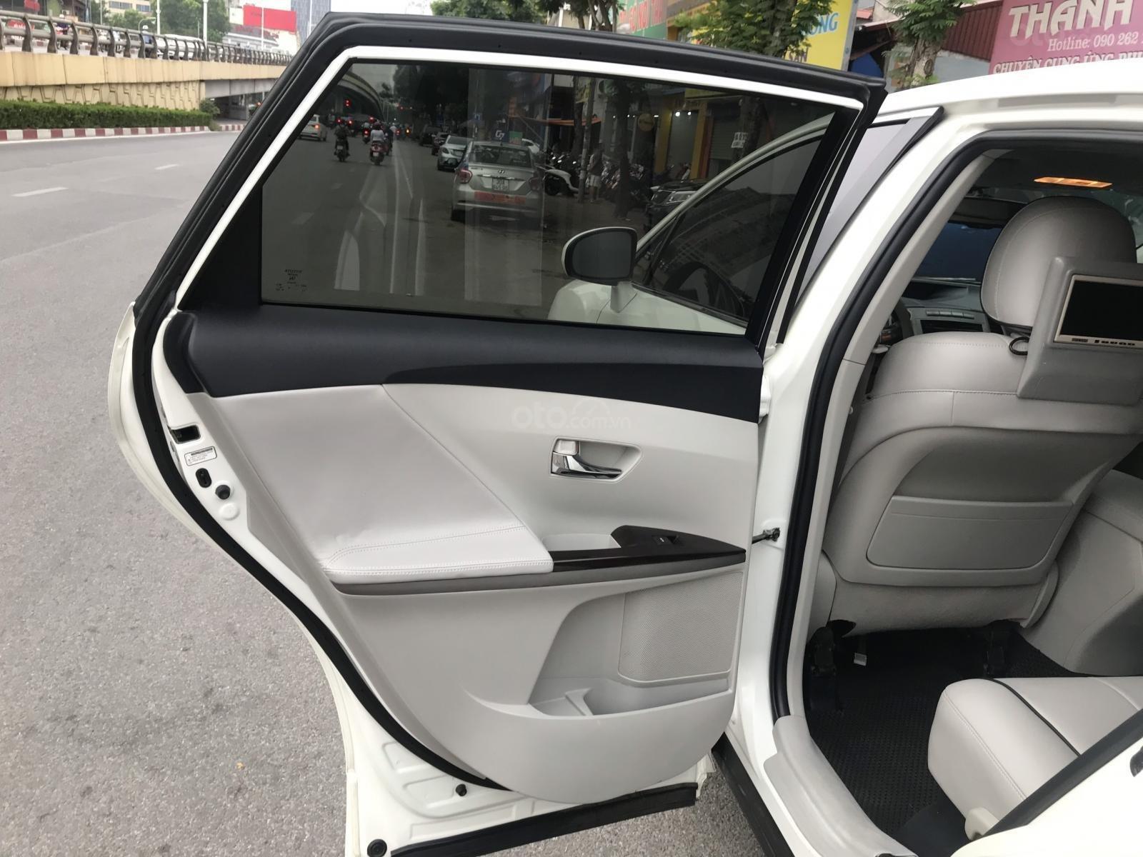 Toyota Venza sx 2010, ĐK 2011 nhập khẩu nguyên chiếc tại Mỹ (4)