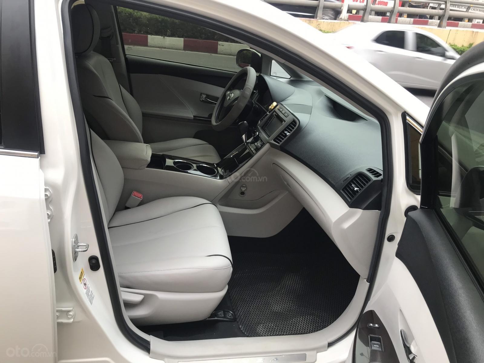 Toyota Venza sx 2010, ĐK 2011 nhập khẩu nguyên chiếc tại Mỹ (9)