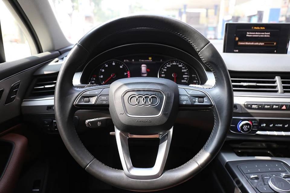 Bán xe Audi Q7 sx 2016, chạy 3v9 km, tên công ty xuất hóa đơn (7)