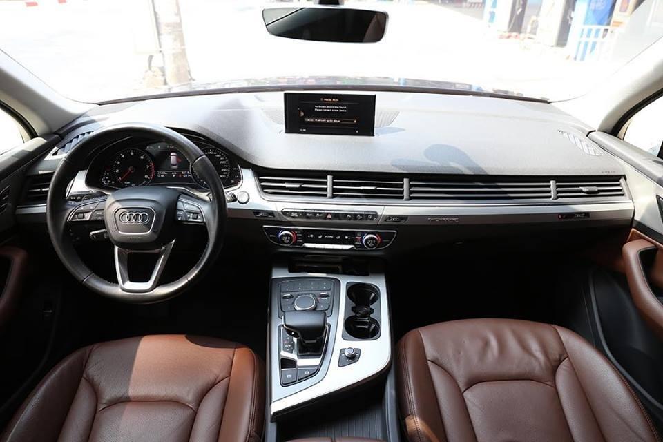 Bán xe Audi Q7 sx 2016, chạy 3v9 km, tên công ty xuất hóa đơn (5)