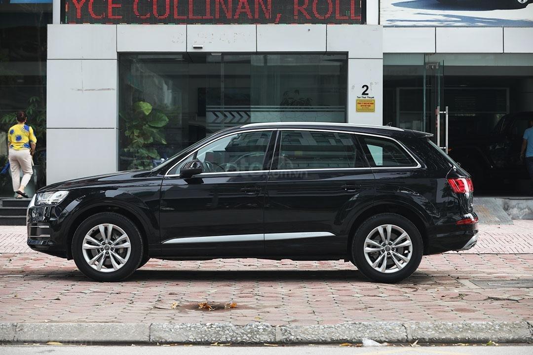 Bán xe Audi Q7 sx 2016, chạy 3v9 km, tên công ty xuất hóa đơn (10)