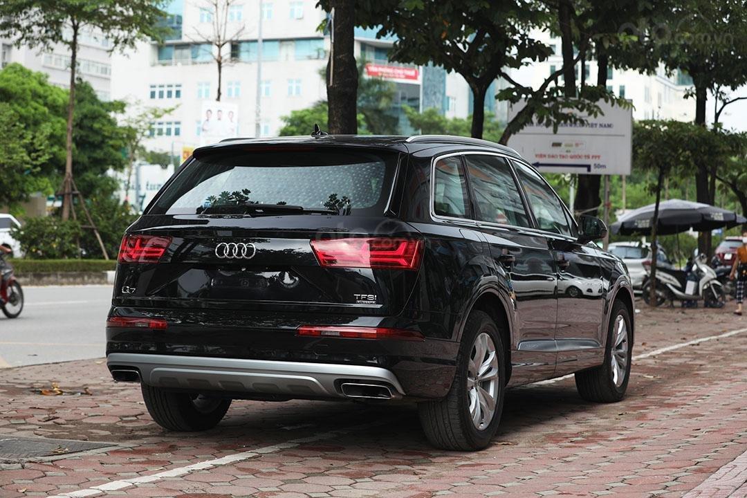 Bán xe Audi Q7 sx 2016, chạy 3v9 km, tên công ty xuất hóa đơn (9)