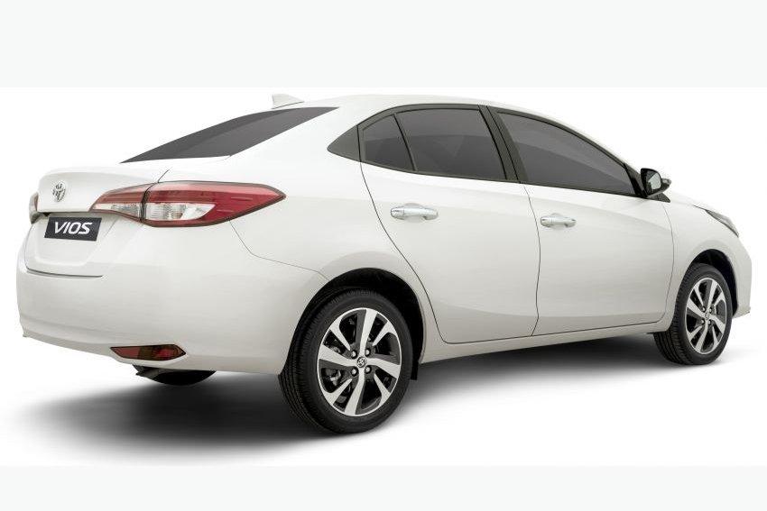 Đánh giá xe Toyota Vios 2021 về thiết kế thân xe.