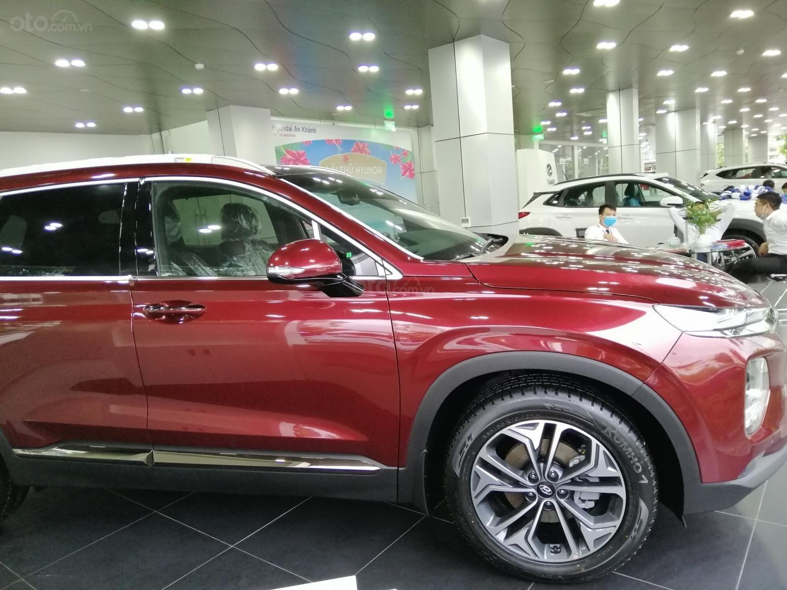 Bán Hyundai Santa Fe số tự động bản dầu cao cấp, sẵn xe, sẵn màu giao ngay, giá tốt nhất miền Bắc (6)
