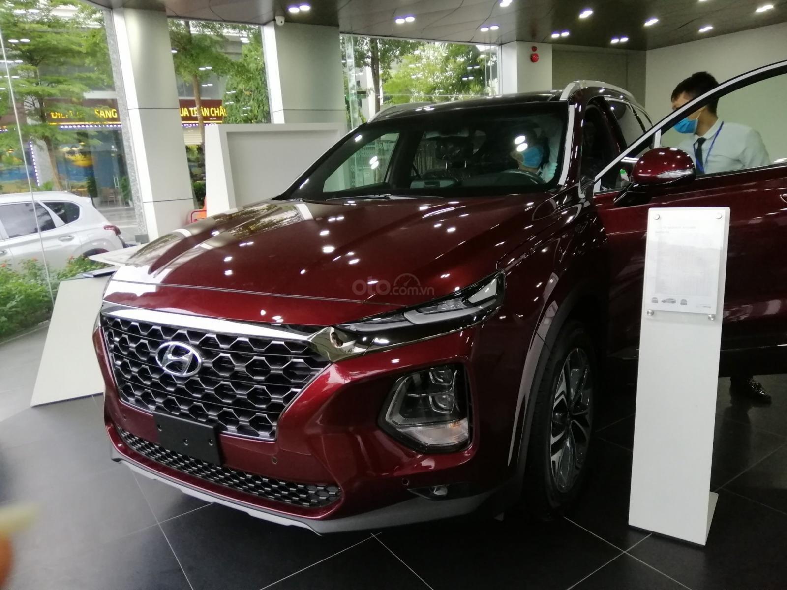 Bán Hyundai Santa Fe số tự động bản dầu cao cấp, sẵn xe, sẵn màu giao ngay, giá tốt nhất miền Bắc (9)