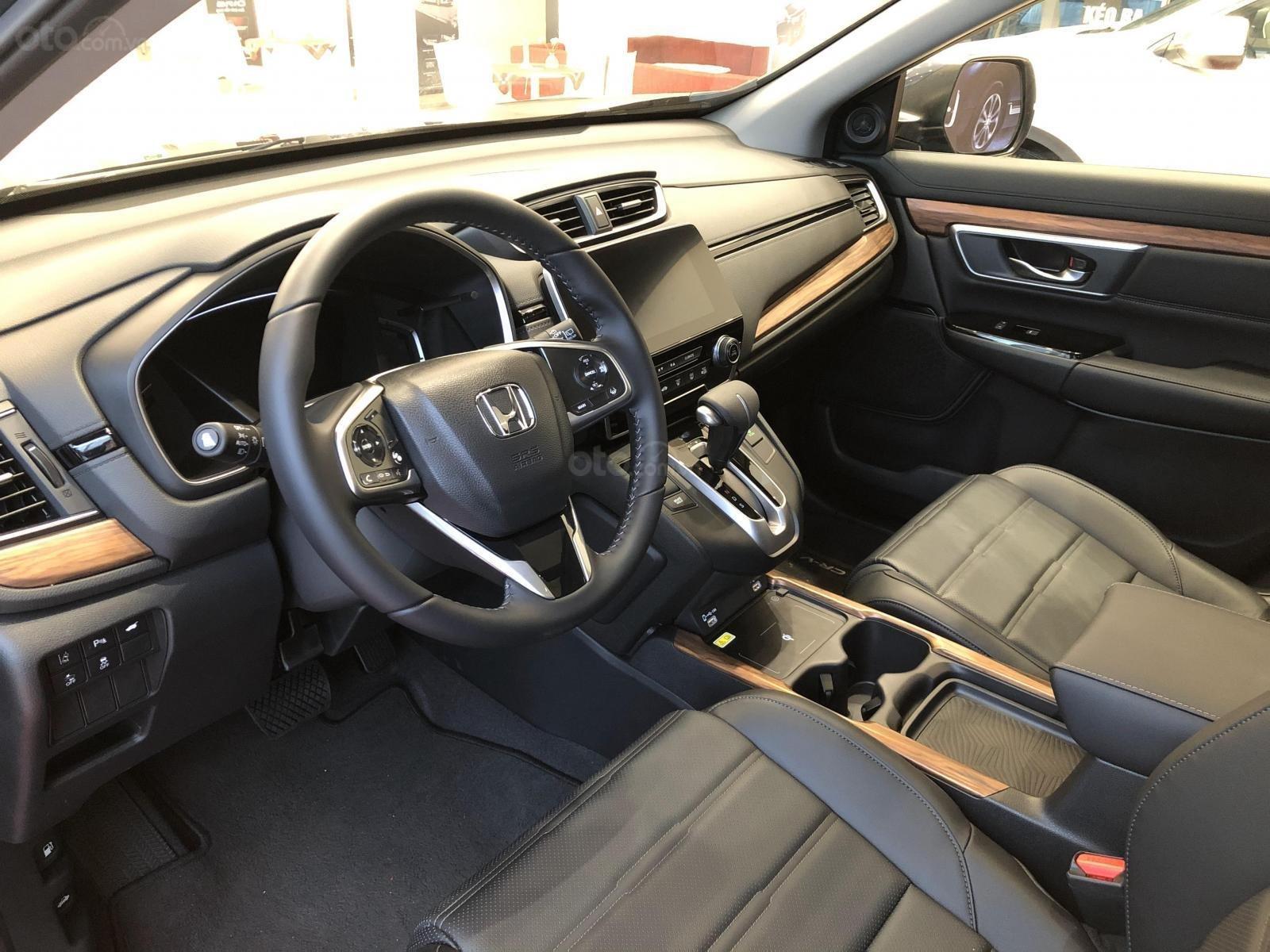 Honda CRV giá tốt miền Bắc - ưu đãi khủng tặng ngay tiền mặt + phụ kiện lên tới 140tr, trả góp 85% lãi suất ưu đãi (6)