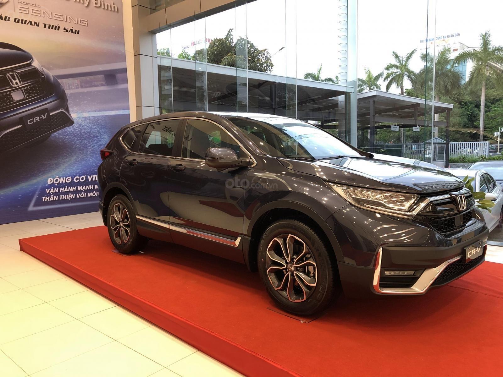 Honda CRV giá tốt miền Bắc - ưu đãi khủng tặng ngay tiền mặt + phụ kiện lên tới 140tr, trả góp 85% lãi suất ưu đãi (2)