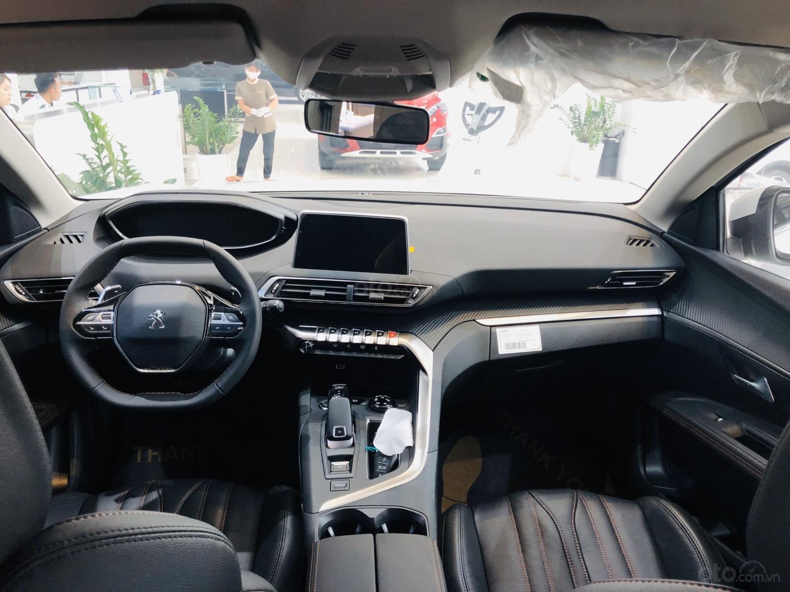 Bán xe Peugeot 3008 năm 2020, giá tốt nhất (7)
