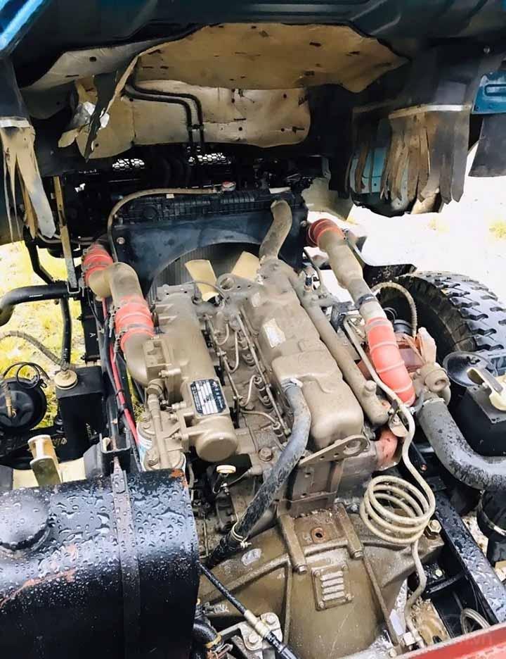 Cần bán xe tải cũ Thaco FORLAND năm sản xuất 2017, màu xanh lam (3)