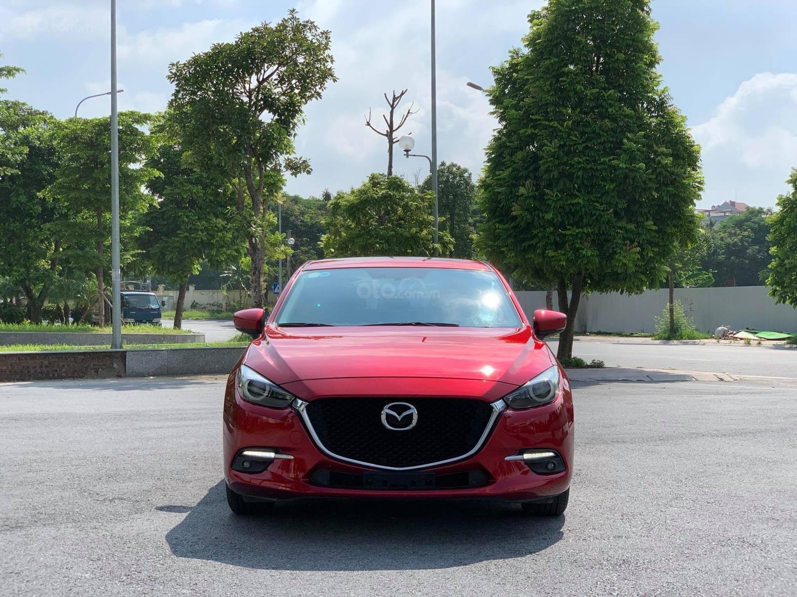 Cần bán xe Mazda 3 đời 2019, màu đỏ (1)