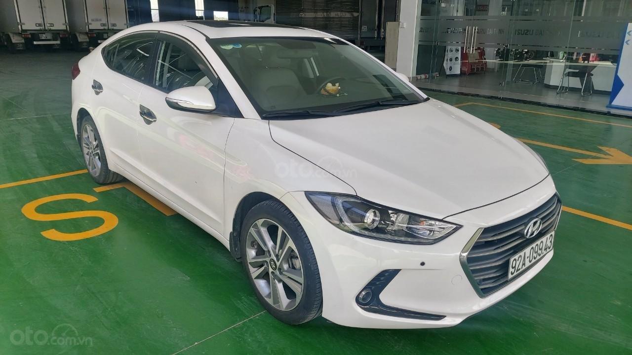 Bán xe Hyundai Elantra 2.0 AT, đăng ký tháng 01.2018 (5)