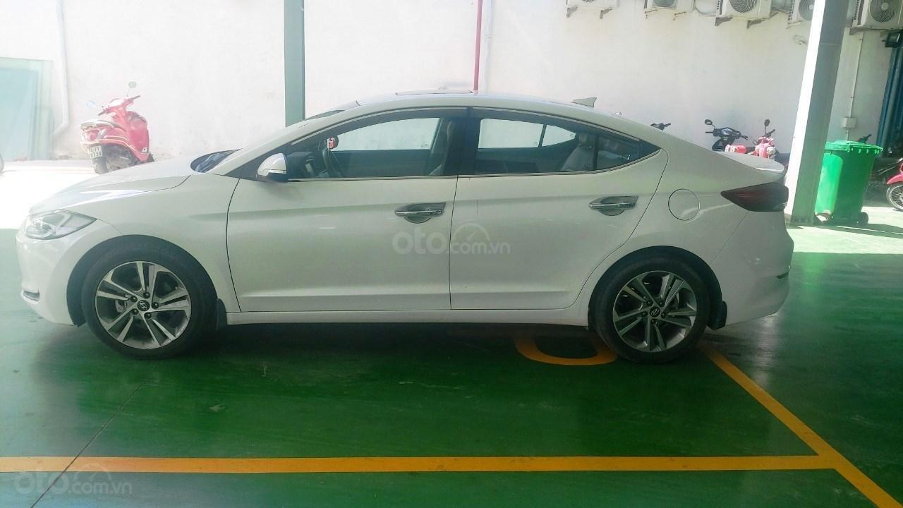 Bán xe Hyundai Elantra 2.0 AT, đăng ký tháng 01.2018 (4)